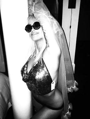 Rita Ora naked shots via her instagram