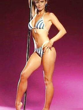 Markie Post shows sexy bikini curves