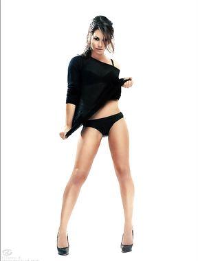 Evangeline Lilly panties exposed
