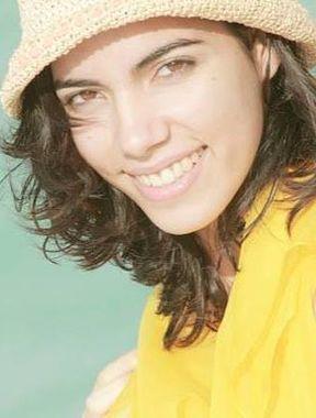 Leticia León