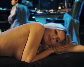 Laetitia Casta nude – Gainsbourg (2010)