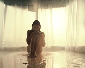Jessica Biel nude - Blade Trinity (2004)