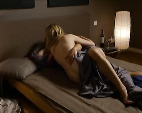 Silke Bodenbender sex scene - Eine verhangnisvolle Nacht (2013)