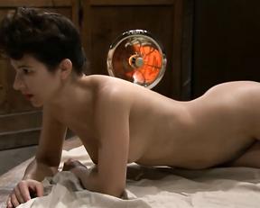 Astrid Berges-Frisbey, Julie Gayet, etc - Elles et moi s01e01-02  (2008)