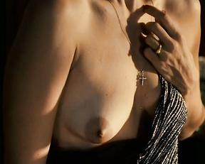 Mariana Lima nude, etc - A Suprema Felicidade (2010)