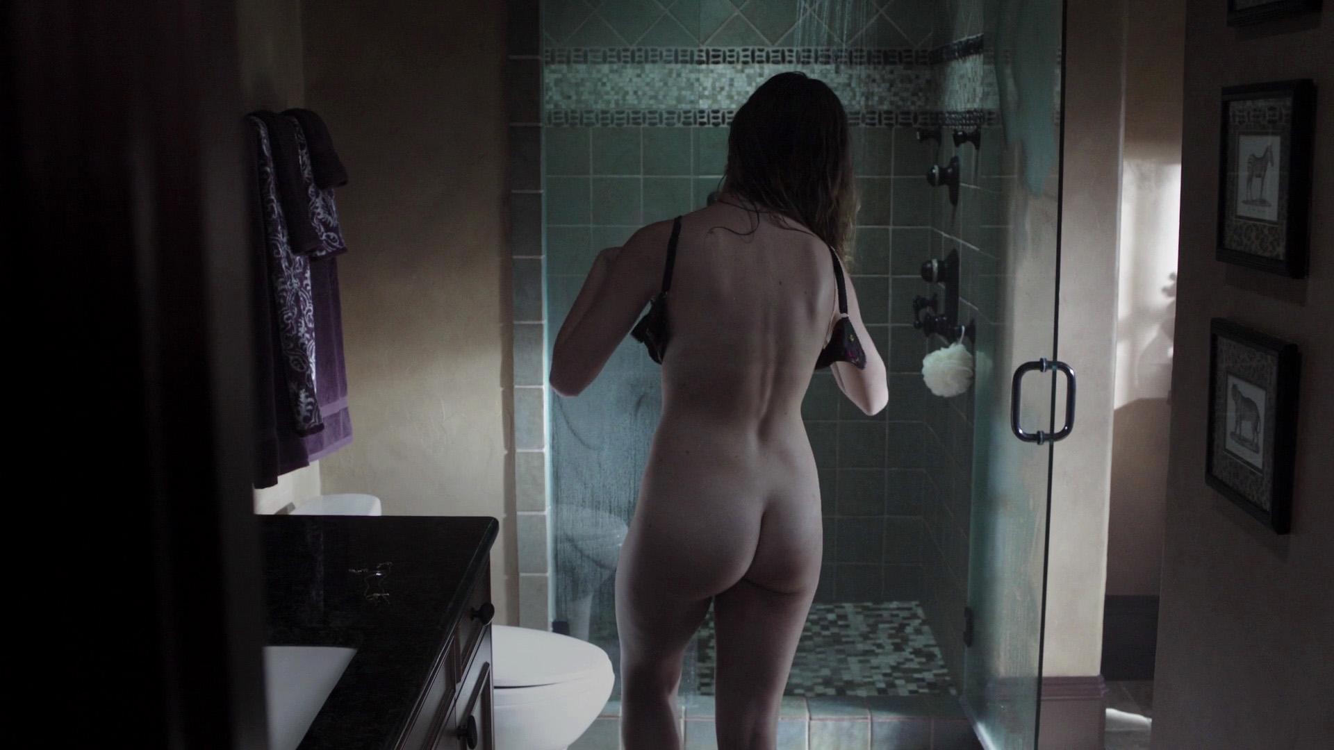 Lili simmons nackt