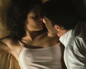 Alyssa Milano naked – Pathology (2008)
