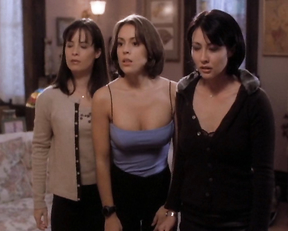 Alyssa Milano – Charmed season 1 (1998)
