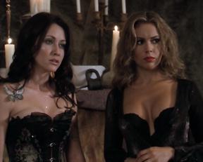 Alyssa Milano nipples – Charmed s03e01-06 (2000)