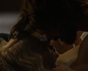 Emilia Clarke sex scene – Game of Thrones s05e07 (2015)