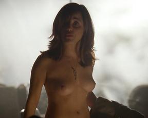 Alanna Ubach nude – Hung s02e01 (2010)