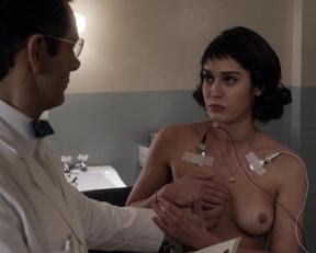 Lizzy Caplan, Helene Yorke – Masters of Sex s01e06 (2013)
