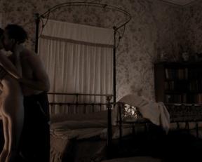 Caitriona Balfe naked – Outlander s01e01 (2014)