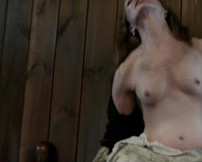 Lotte Verbeek nude – Outlander s01e11 (2015)