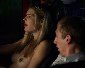 Kate Miner topless - Shameless s09e07 (2018)