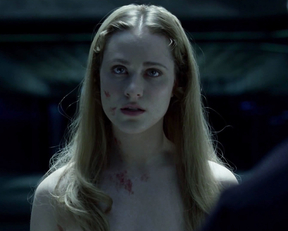 Evan Rachel Wood nude – Westworld s01e01 (2016)