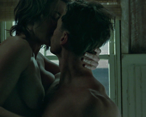 Kate Winslet naked – Mildred Pierce (2011)