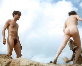 Amanda Ooms nude – Sa vit som en sno (2001)