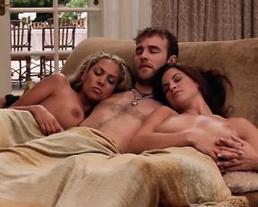 Carla Harvey, Nikki Ziering, Eva Derrek – Standing Still (2005)