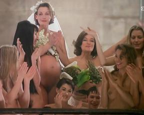 Eve Salvail, Georgianna Robertson, Rossy De Palma, Tara Leon, Ute Lemper – Pret-a-porter (1994)