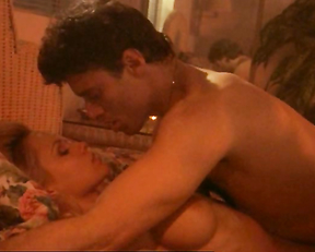 Pamela Anderson – Snapdragon (1993)