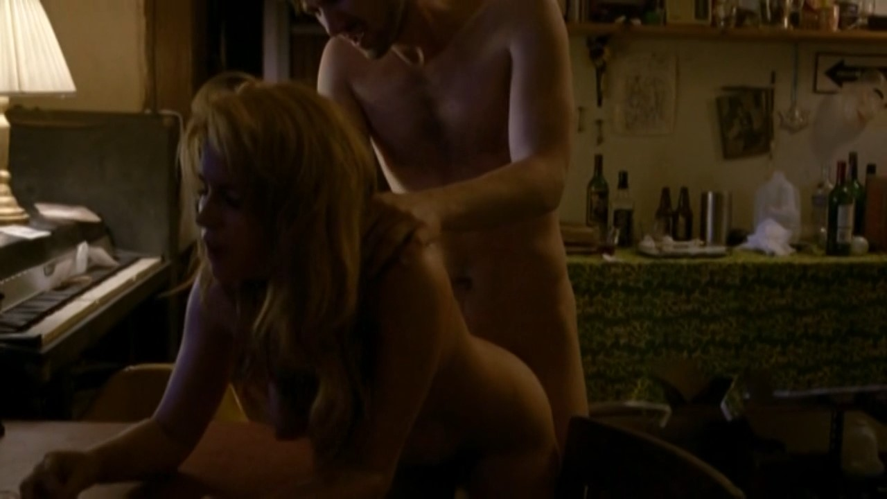 Lisa Reeves  nackt