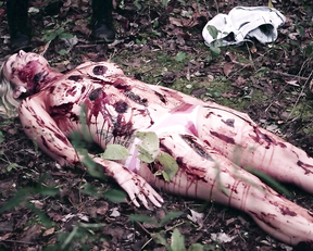 Juliet Reeves, Amanda Murphy – Girl in Woods (2016)