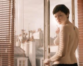 Pauline Etienne – Eden (2014) [deleted scenes]