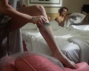 Pamela Salem naked – The Bitch (1979)
