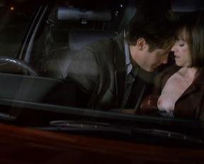 Holly Hunter – Crash (1996)