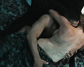 Estella Warren sex – Assassination (2016)