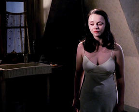 Christina Ricci – The Man Who Cried (2000)