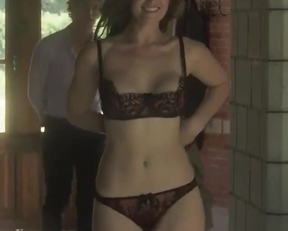 Gemma Arterton sexy
