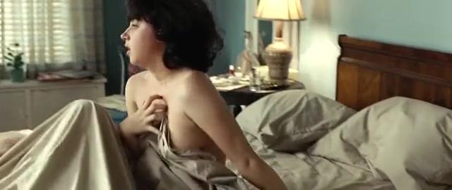 Kazan nackt Zoe  nackt