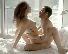 Leticia Colin nude - Ponte Aerea