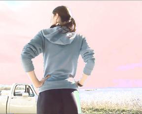 Alexandra Daddario sexy - Bereavement