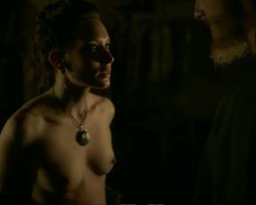 Josefin Asplund nude - Vikings