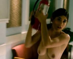Robin Sydney - Femme Fatales - S01E10 - Film nackt