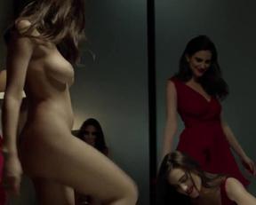 Luisa Moraes In 'Solace' - Film nackt