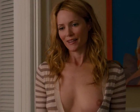 Leslie Mann's Awesome Outfit - Film nackt