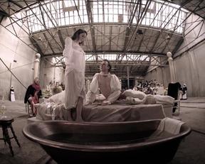 Halina Reijn's Voyeuristic Plot In Goltzius And The Pelican Company - Film nackt