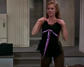 Jane Fonda Shaking Her Plot In Barefoot In The Park - Film nackt