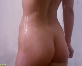 Kimberley Kates  Lucie Benesova - Chained Heat II - Film nackt