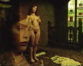 Toni Collette - Lilian's Story - Film nackt