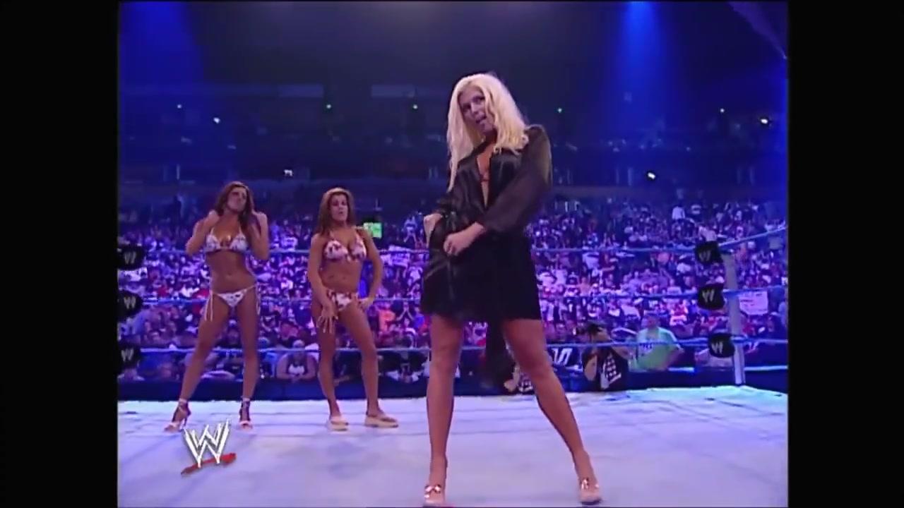 Nackt Torrie Wilson  WWE Divas: