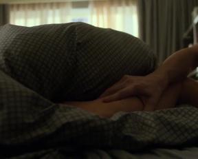 Amber Revah And Ben Barnes In Marvel's Punisher - Film nackt