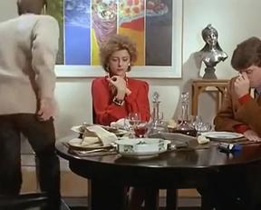 """Corrinne Touzet Teasing Plot In """"L'amour Propre Ne Le Reste Jamais Très Longtemps"""" - Film nackt"""