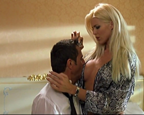 Victoria Silvstedt - Body Guards - Film nackt