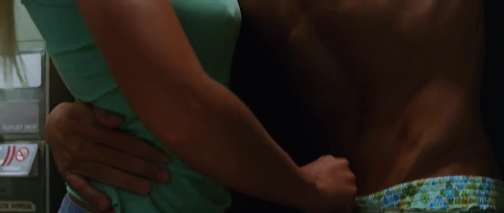 McLeod nackt Samantha  Lea Michele,