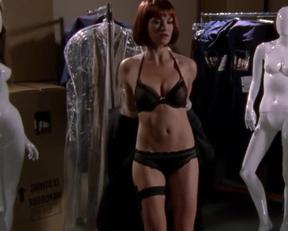 Yvonne Strahovski Plot On Chuck - Film nackt